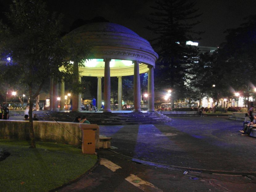 Park Morazán in the evening