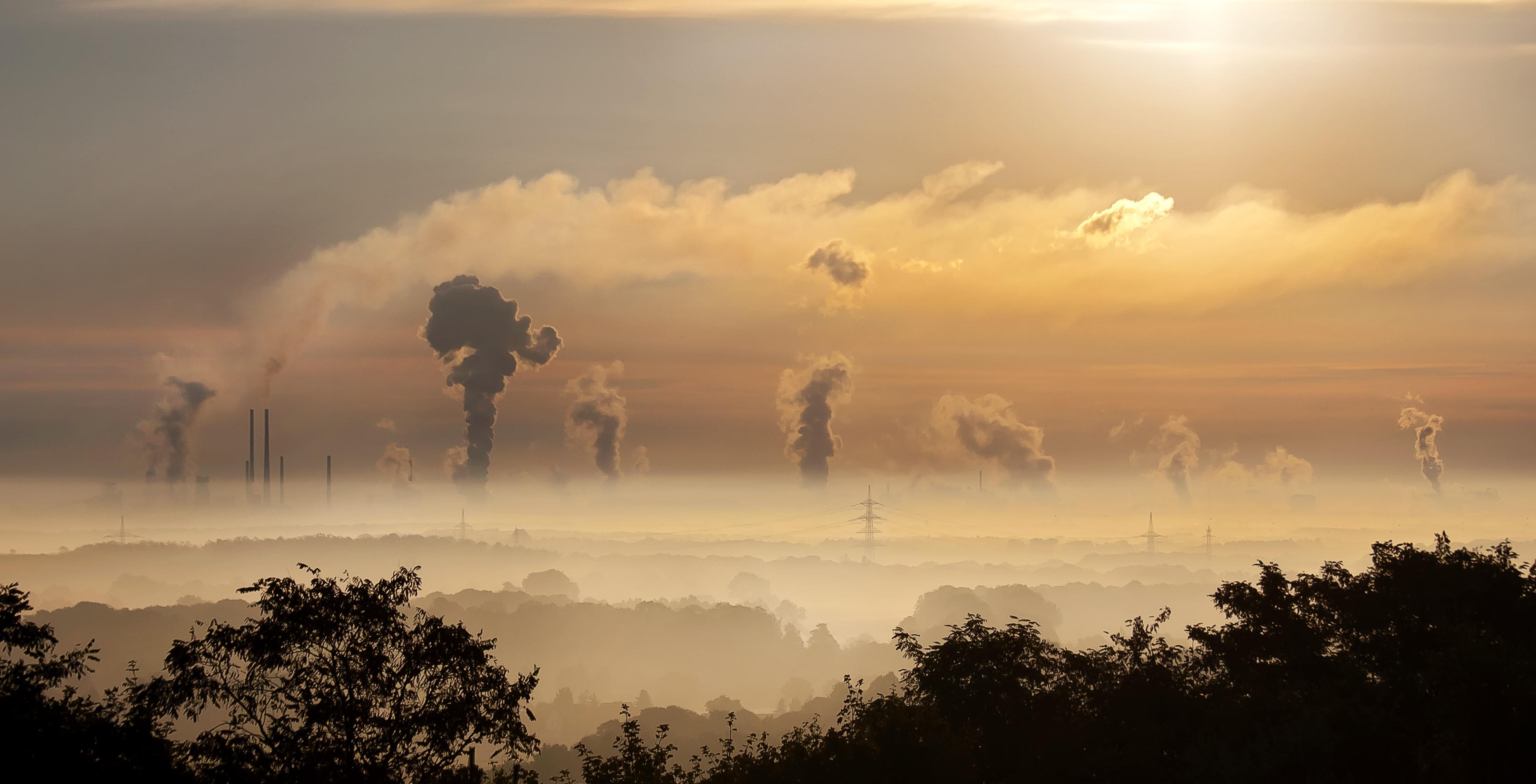 carbon-chimney-clouds-39553-Pexels